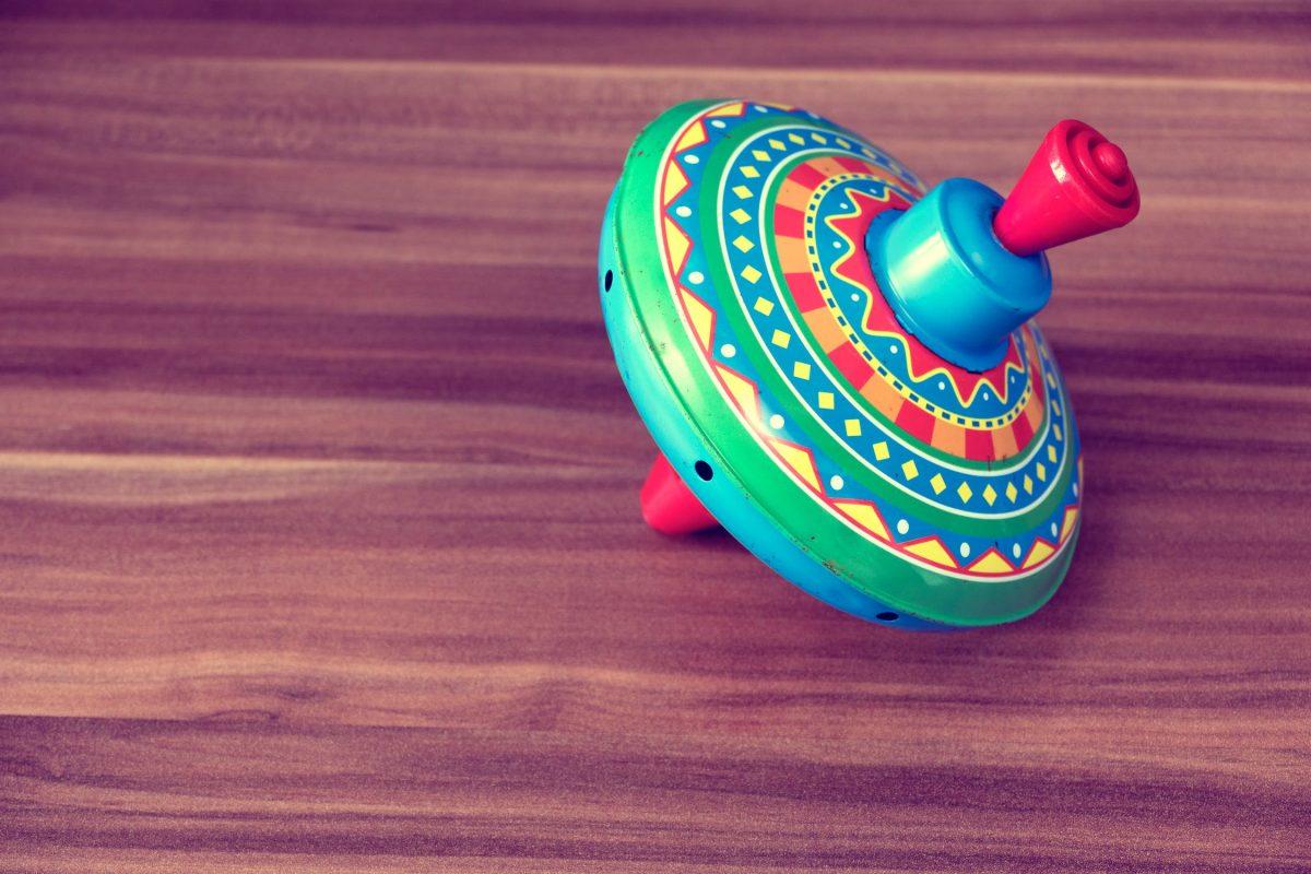 Dzielni mali odkrywcy i ich zabawkowy świat