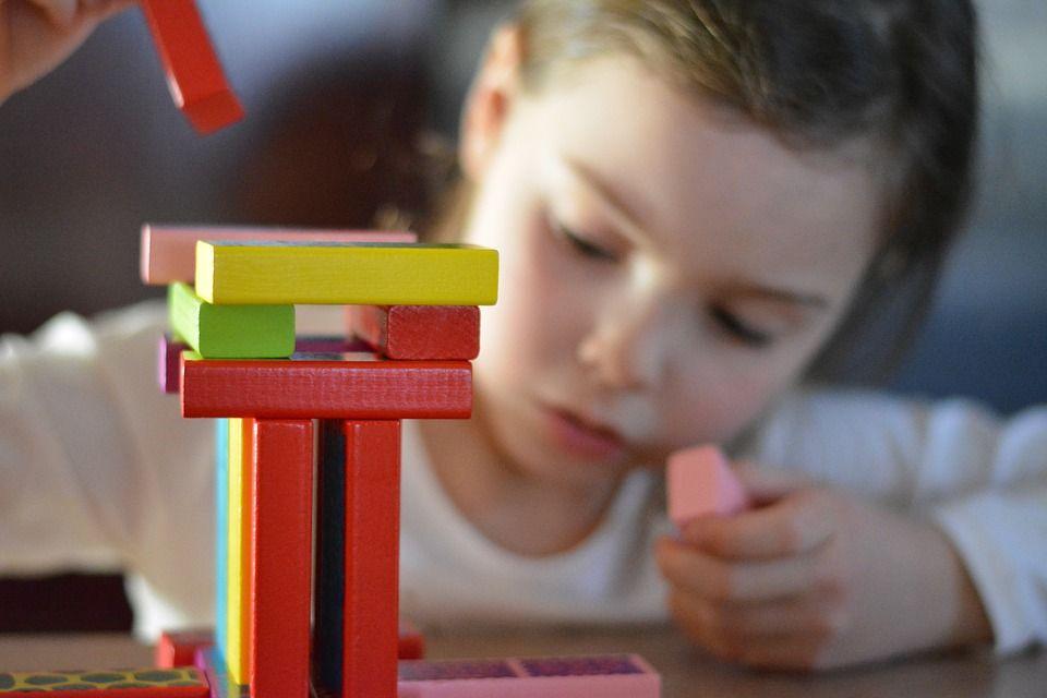 Ranking najlepszych zabawek elektronicznych dla rocznego dziecka